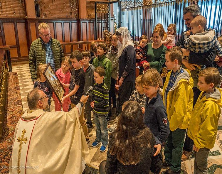 Błogosławieństwo dzieci ku czci  Św. Pawła Pierwszego Pustelnika